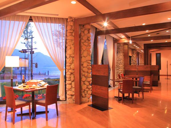 レストラン3.jpg