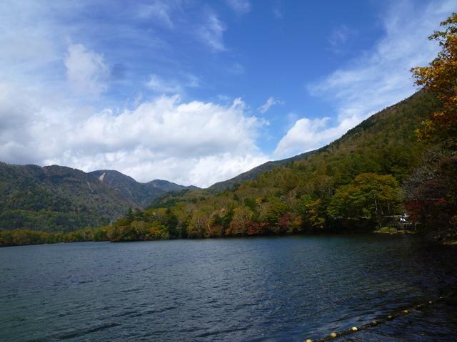 湯の湖畔�151004