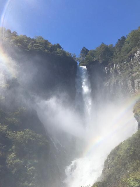 華厳の滝3.jpg
