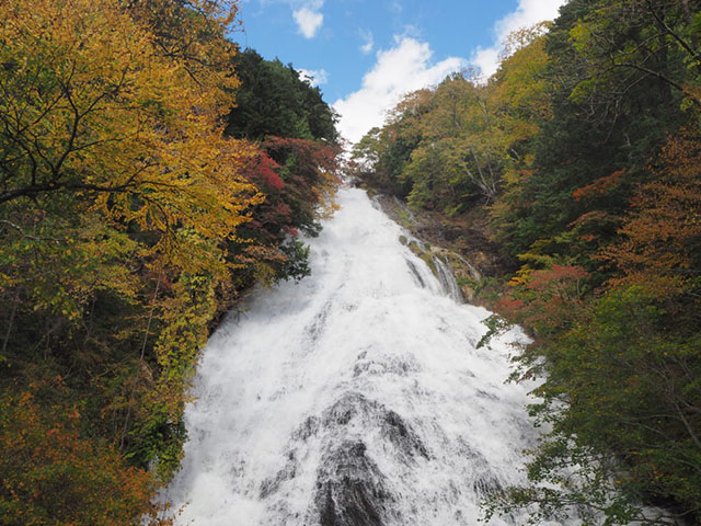 181008湯滝-640.jpg