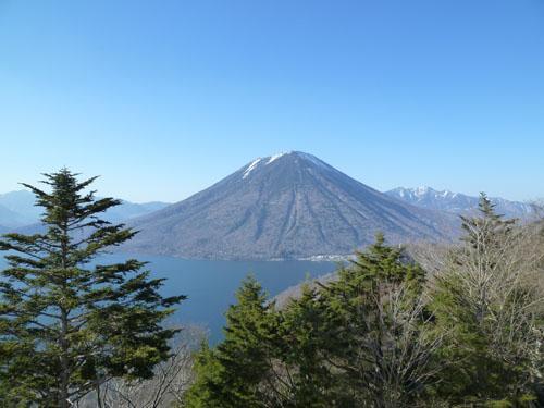 中禅寺湖展望台110412.JPG