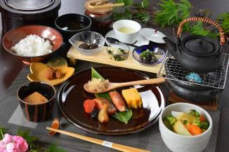朝食:栃木郷土の味と花庵自慢の野菜出汁を味わえる身体にやさしい朝食