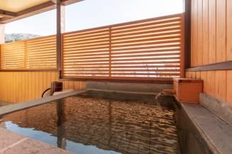 アルカリ単純泉を24時間お楽しみ頂けます/露天風呂付き和モダン(露天風呂2017年6月リニューアル)