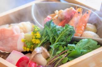 春料理:【蒸篭蒸し】季節のお野菜