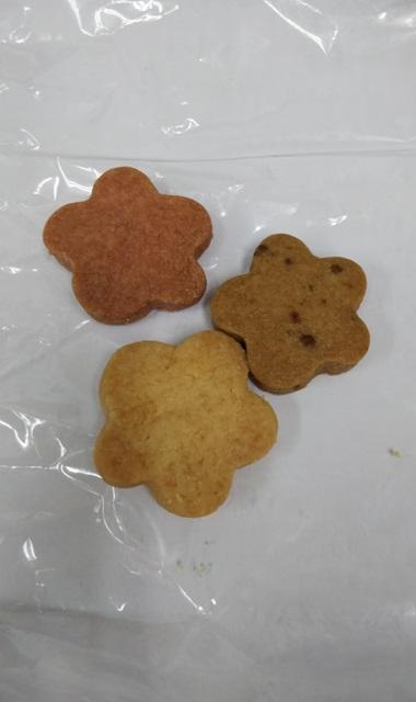 花庵クッキーの販売を始めました