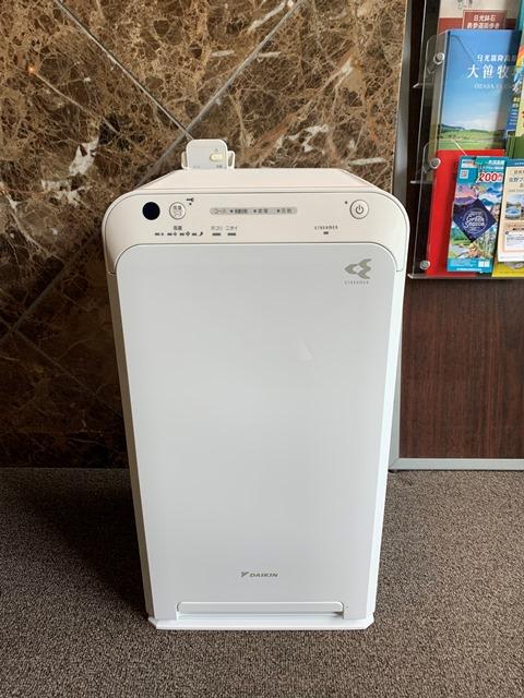 客室の空気清浄器を入れ替えました