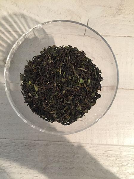 160523ファースト茶葉.jpg